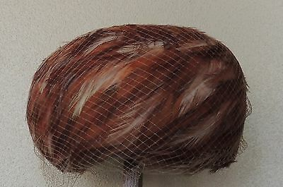 """Vintage Pasadena Real Brown Red Feather Hat & Netting Excellent Condition 8"""""""