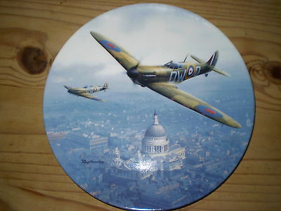 Royal Doulton Porcelain/China Plate - Bradex - Heroes Over Home Territory