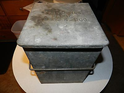 """Vintage Twin Pines Dairy TEXAS Milk Porch Cooler 9"""" x 8.25"""" 11.25 Tall  4-1100"""