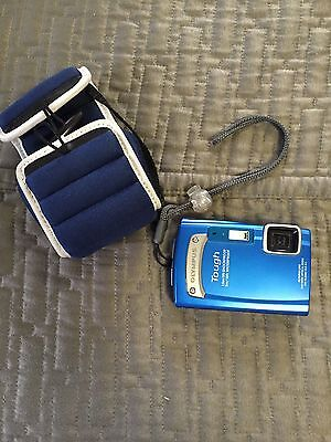 Olympus Tough TG-310 14.0 MP Digital Camera Waterproof 3D Shock Proof - Blue