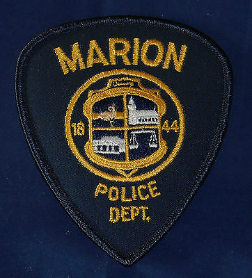 Marion, North Carolina Police Shoulder Patch (invp445)