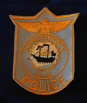 Somersworth, New Hampshire Police Shoulder Patch (invp1747)