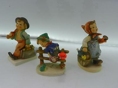 3 PC VINTAGE HUMMEL LOT - RETREAT TO SAFETY, VISITING & INVALID & THE... Lot 245