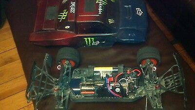 RC HELION 2.4 DOMINUS 10SC 4WD WATERPROOF brushless