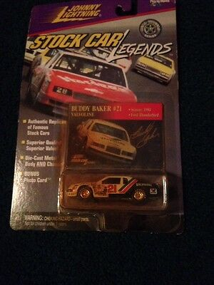 BUDDY BAKER Johnny Lightning STOCK CAR LEGENDS 1/64 1984 THUNDERBIRD/T BIRD Rare