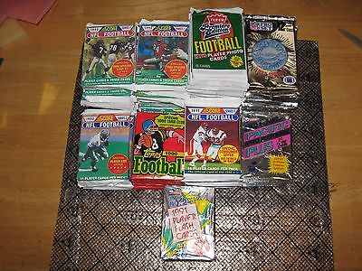 Lot of (80) Unopened Packs of Football Cards Score Pro Set Fleer 1000+ Cards