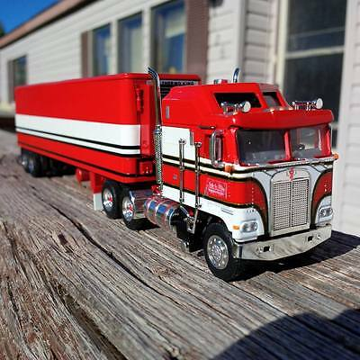 """dcp 1/64 Custom Bj and the Bear matching trailer only""""KENWORTH CAB NOT INCLUDED"""""""