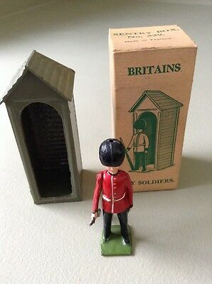 Vintage Rare In Box WM Britains Toy Soldier Sentry Box No.329 With Palace Guard