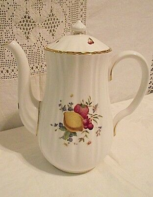 NICE Royal Worcester Delecta Coffeepot Coffee Pot  With Lid Hand Painted 5 Cup