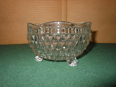 Vintage Clear GLASS Round Footed CANDY / NUT DISH  - DIAMOND PATTERN