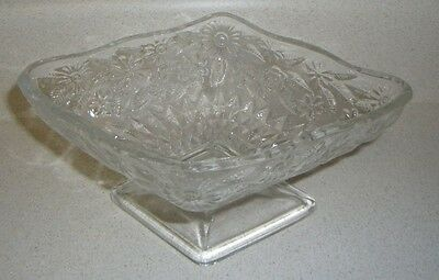 """Vintage footed clear glass diamond shape daisy candy dish 6.5"""" x 4.5"""""""