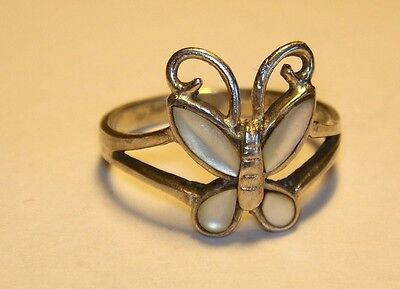 Sterling Silver 925 Vintage Estate Mother Of Pearl Butterfly Ring Size 7.25 C34