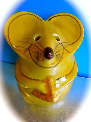 N.S. GUSTIN POTTERY CERAMIC MOUSE FIGURINE HANDPAINTED CHEESE SHAKER 1950 Yellow