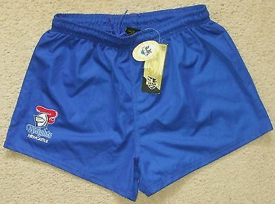 NEW NWT Mens NEWCASTLE KNIGHTS Rugby League Shorts Team NRL Size M
