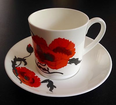 WEDGWOOD bone china cup & saucer CORNPOPPY Susie Cooper Designs - great find!