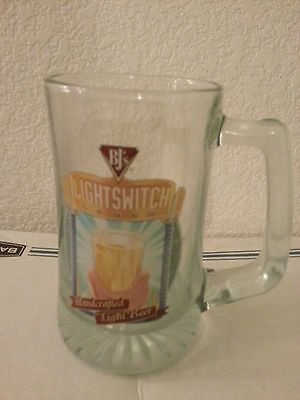 BJ'S LIGHTSWITCH LAGER HANDCRAFTED LIGHT BEER GLASS WITH HANDLE