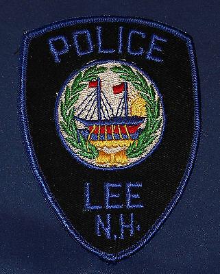 Lee, New Hampshire Police Shoulder Patch (invp3906)