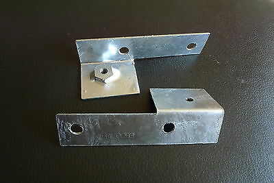Galvanized Wing Mounting Brackets pair MRC5504 & MRC5505 for Land Rover Series 3
