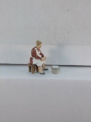 Arttista Woman to Milk Cow #1268 - O Scale On30 On3 Figures People - Artista New