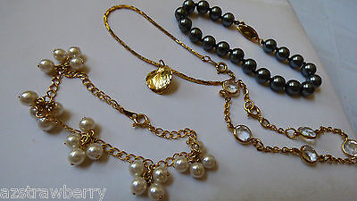 Lot Of 4 Fashion Gold Tone Black White Pearl Faux Leaf Charm Clear Coin