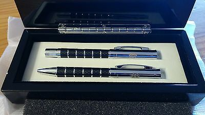 Disneyland Disney Parks Club 33 Dual Pen Set with Case - New In Box - Rare!!