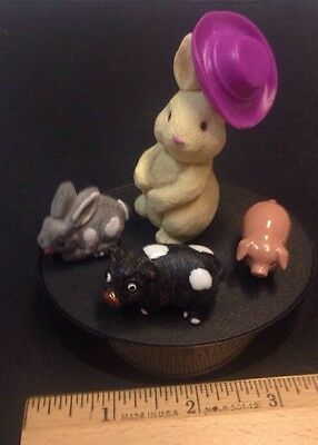 Mini Lot Of Minis  2 Pigs 2 Bunnies All Different. But All Best Friends & 1 Hat