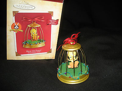 Hallmark Keepsake Ornament Deck the Halls Tweety Looney Tunes music voice