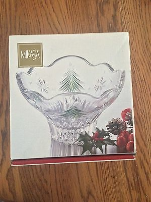 Mikasa Christmas Night Green Bowl In Great Condition