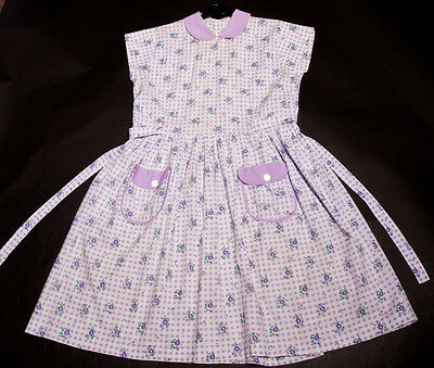 40s Adorable Original Girls Lilac Floral Cotton Dress with Lilac Trim & Pockets