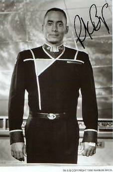 BABYLON 5 DR FRANKLIN  RICHARD BIGGS b/w signed autograph
