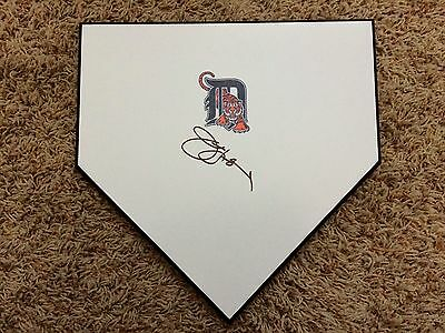Detroit Tigers JIM LEYLAND hand SIGNED autographed baseball home plate! COA