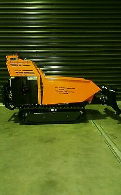 Motorised mini dumper  Bobcat , Skid Steer, bull dozzer ride on 600 kg