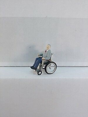 Arttista Man in Wheelchair #1535 - O Scale On30 On3 Figures People Artitsa - New