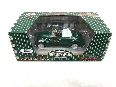 Gearbox Texaco Limited Edition 1940 Ford Deluxe Coupe Sky Chief Green #5 New
