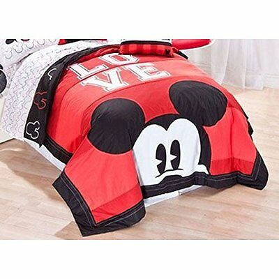 "Disney Mickey Classic ""Luv"" Quilt Set, Full/Queen"
