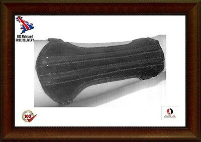 Archery Suede Arm Guard Unisex Size:19cm Long x8cm  2 Straps-- Black Suede/