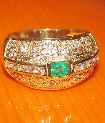 BEAUTIFUL SECONDHAND 18ct YELLOW GOLD  EMERALD AND DIAMOND RING SIZE O