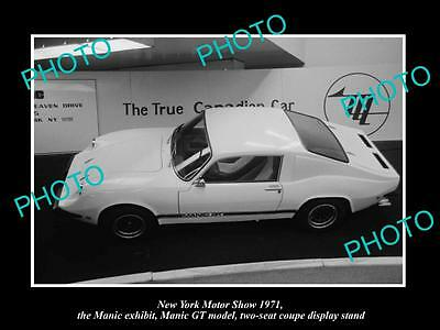 OLD LARGE HISTORIC PHOTO OF NEW YORK MOTOR SHOW 1971 MANIC GT CAR DISPLAY