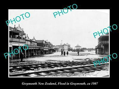 OLD LARGE HISTORIC PHOTO OF GREYMOUTH NEW ZEALAND, FLOODS IN THE TOWN 1907