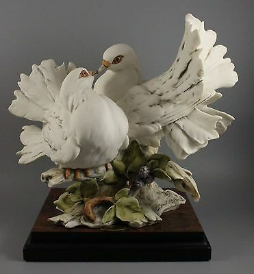 "Giuseppe Armani Figurine 221S ""Love Doves"" MINT IN BOX WorldWide"