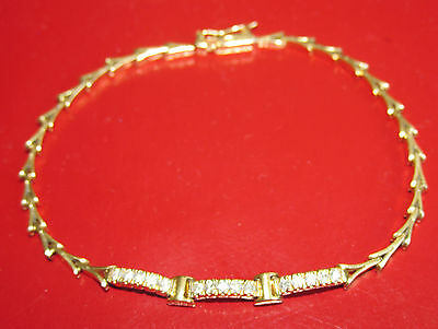 STUNNING SECONDHAND 18ct YELLOW GOLD  DIAMOND LINE BRACELET 18 cm