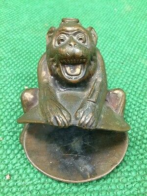 Vintage RONSON FIGURAL MONKEY CLAM STRIKER LIGHTER & ASHTRAY #8864. Retro
