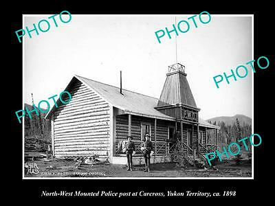 OLD LARGE HISTORIC PHOTO OF NORTH WEST MOUNTED POLICE CABIN, CARCROSS 1899 2