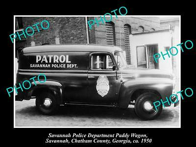 OLD LARGE HISTORIC PHOTO OF SAVANNAH GEORGIA, THE POLICE DEPARTMENT VAN c1950