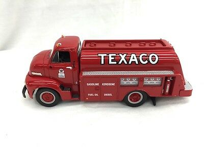 First Gear Texaco 1953 Ford C-600 with Tanker Body New