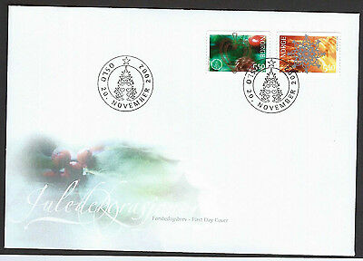 Norway 2002 Christmas set on unaddressed official first day cover