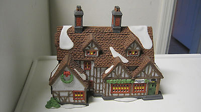 Dept 56 - Dickens Lot 3: Ashbury Inn W/accessories