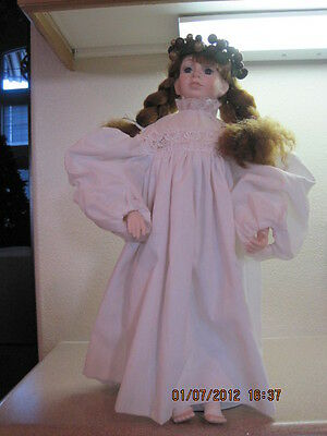 Dept 56 - Lot 2: Angel Dolls