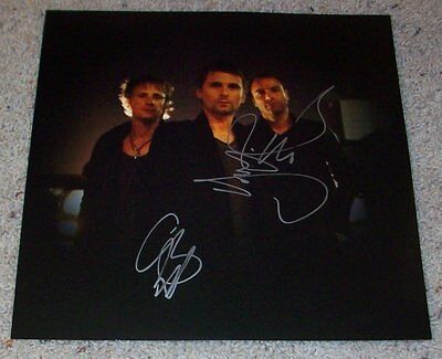 MUSE SIGNED THE 2ND LAW ALBUM INSERT A w/PROOF DOMINIC HOWARD & CHRIS AUTOGRAPH