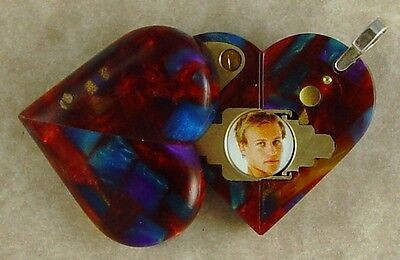 Illusionist Locket #4384 Thin Magic Heart Pendant by Illusion Lockets